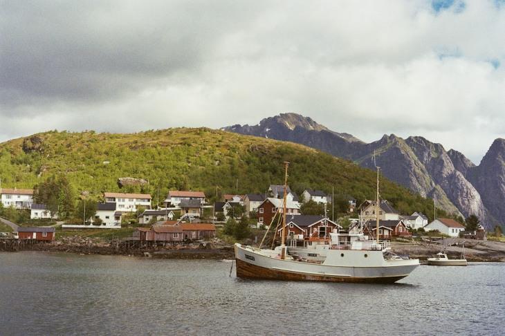 12-hauser-und-schiff