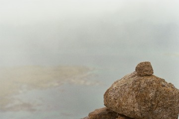 14 Nebel und Stein